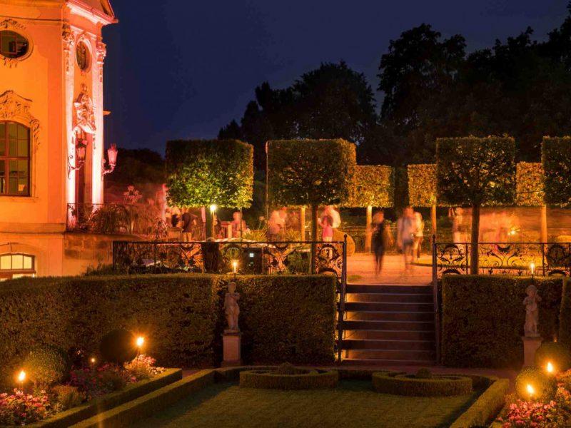 Gartenparterre am Rokokoschloss